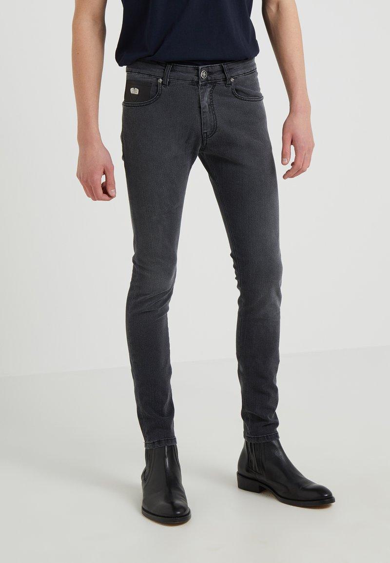 John Richmond - RUSKIN - Jeans Skinny Fit - black