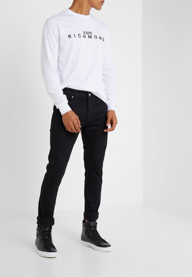 GRATIANO - Jeansy Slim Fit - black