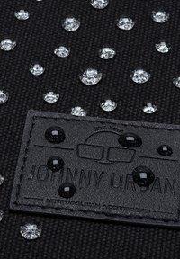 Johnny Urban - Reppu - black - 5
