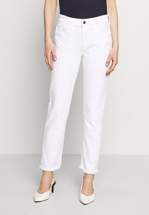 THE LARA MR CIGARETTE ANKLE CUT - Slim fit jeans - white