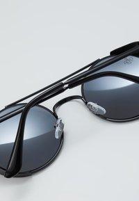 Jeepers Peepers - Sluneční brýle - black - 4