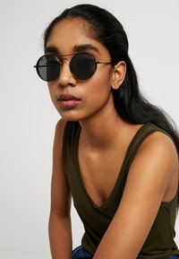 Jeepers Peepers - Sonnenbrille - black - 2