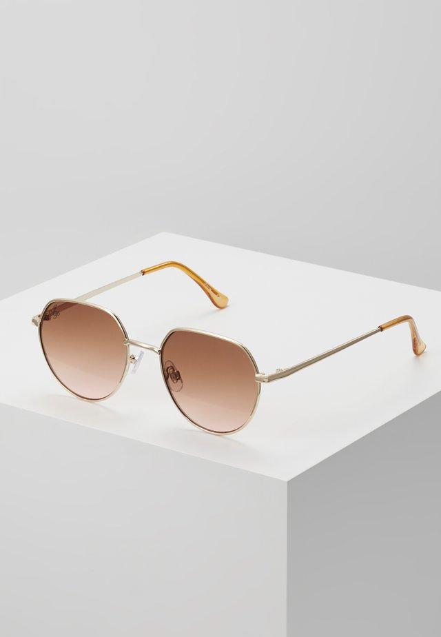 Solbriller - gold/peach lens