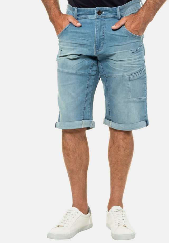 BERMUDA - Denim shorts - bleached denim