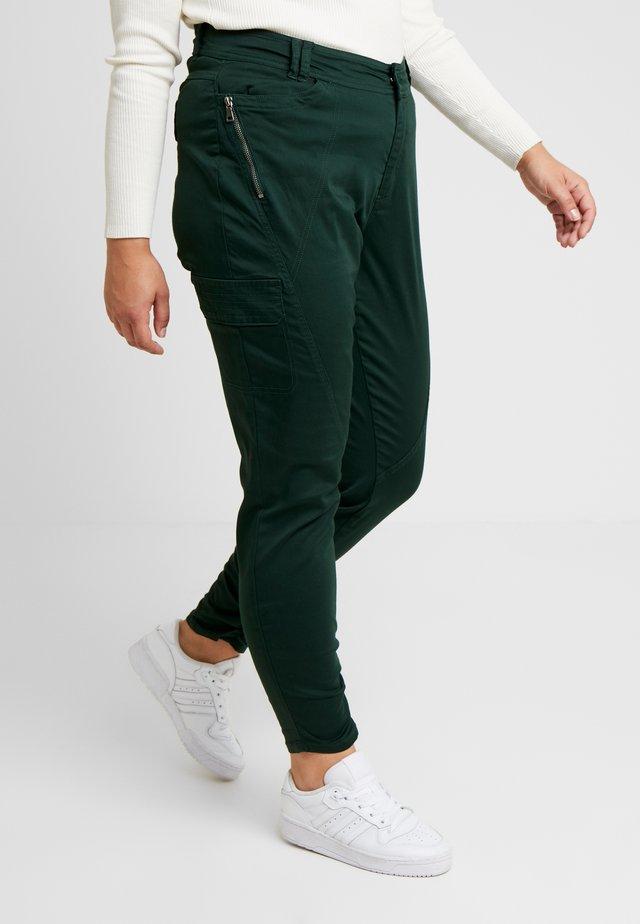 JRSALMA PANTS - Spodnie materiałowe - pine grove