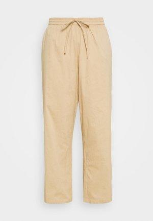 JRGRALLE PANTS - Pantalones - cuban sand