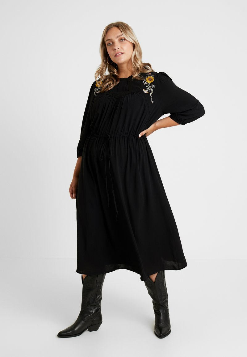 JUNAROSE - BY VERO MODA - JRPALOMIA 3/4 SLEEVE MIDI DRESS - Day dress - black