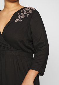JUNAROSE - by VERO MODA - JROCTAVIA SLEEVES DRESS - Robe d'été - black - 5