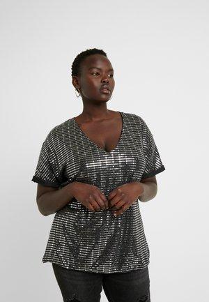 JRIRUK - T-shirt z nadrukiem - black/silver