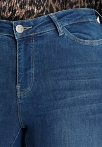JUNAROSE - by VERO MODA - SHAPE  - Jeans Skinny Fit - medium blue denim - 5