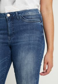 JUNAROSE - by VERO MODA - JRFOUROLESEA - Jeans Skinny Fit - medium blue denim - 4