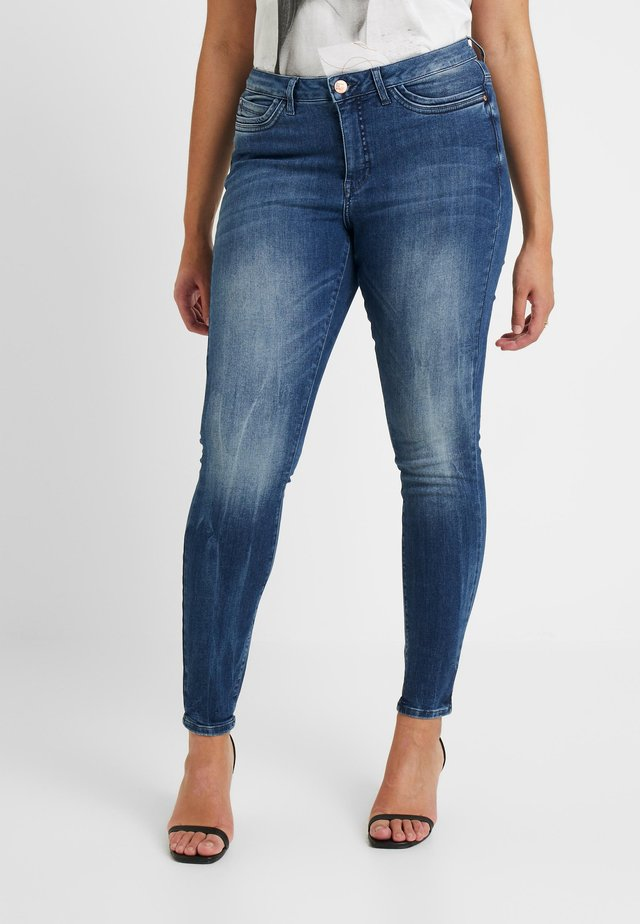 JRFOUROLESEA - Skinny-Farkut - medium blue denim