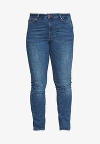 JUNAROSE - by VERO MODA - JRFIVE FIJI - Jeans Skinny Fit - medium blue denim - 4