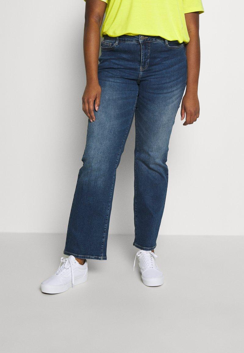 JUNAROSE - by VERO MODA - JRTEN ST FAISA MB - Jeans straight leg - medium blue denim