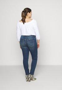 JUNAROSE - by VERO MODA - JRFIVEMUUTA - Jeans Skinny Fit - medium blue denim - 2