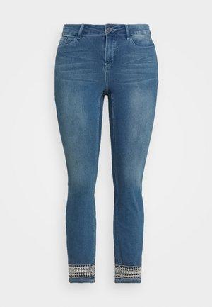 JRFIVE AVOLA ANKLE - Jeans Skinny - medium blue denim