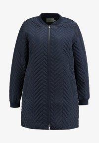 JUNAROSE - by VERO MODA - JRBRIZE QUILTED JACKET - Krátký kabát - navy blazer - 6