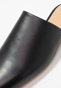 Jil Sander Navy - Pantolette flach - black - 2
