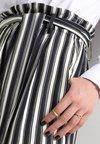 TrousersPantalon Just Female Fanny Classique Blue CxBode
