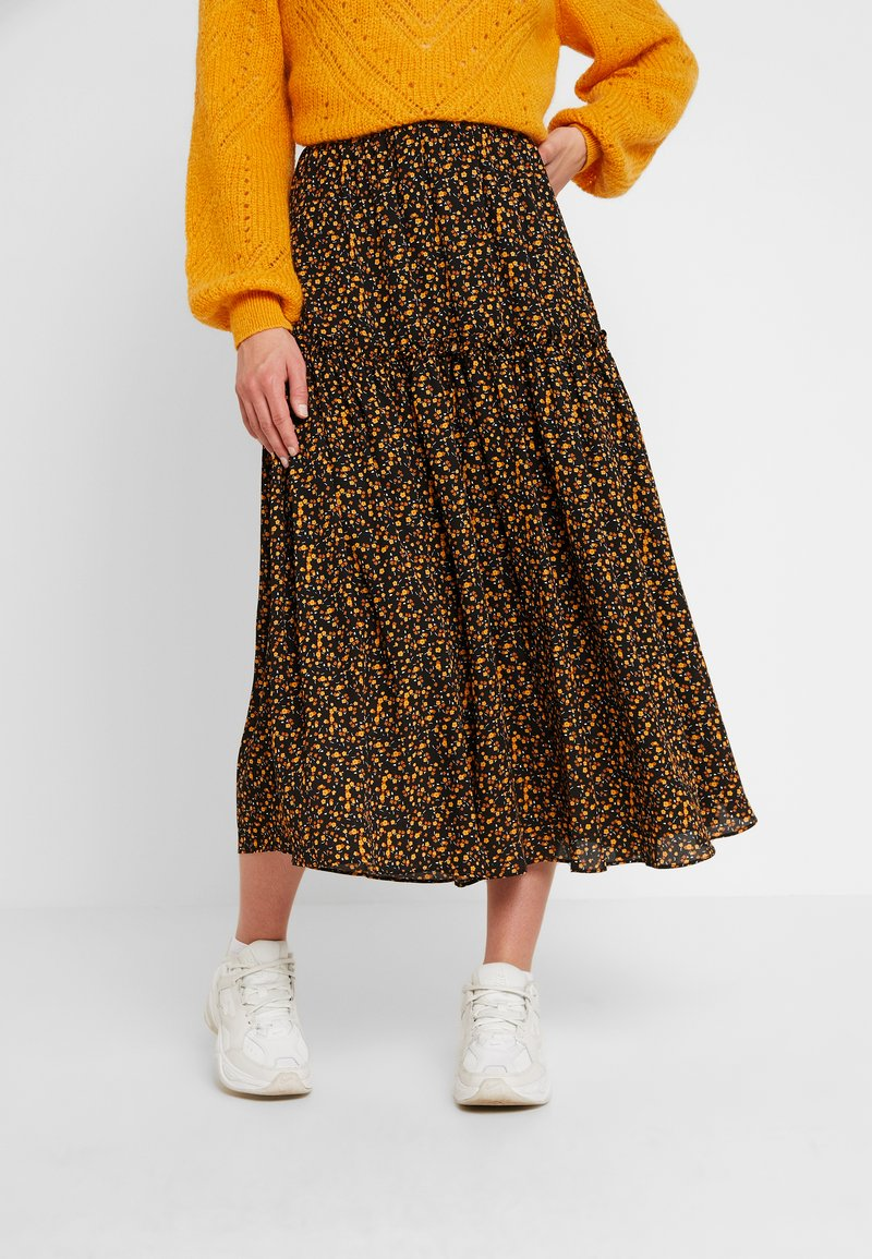JUST FEMALE - FIJI SKIRT - Maxirock - black/yellow