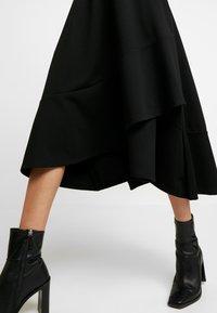 JUST FEMALE - KIRSTI SKIRT - Jupe trapèze - black - 5