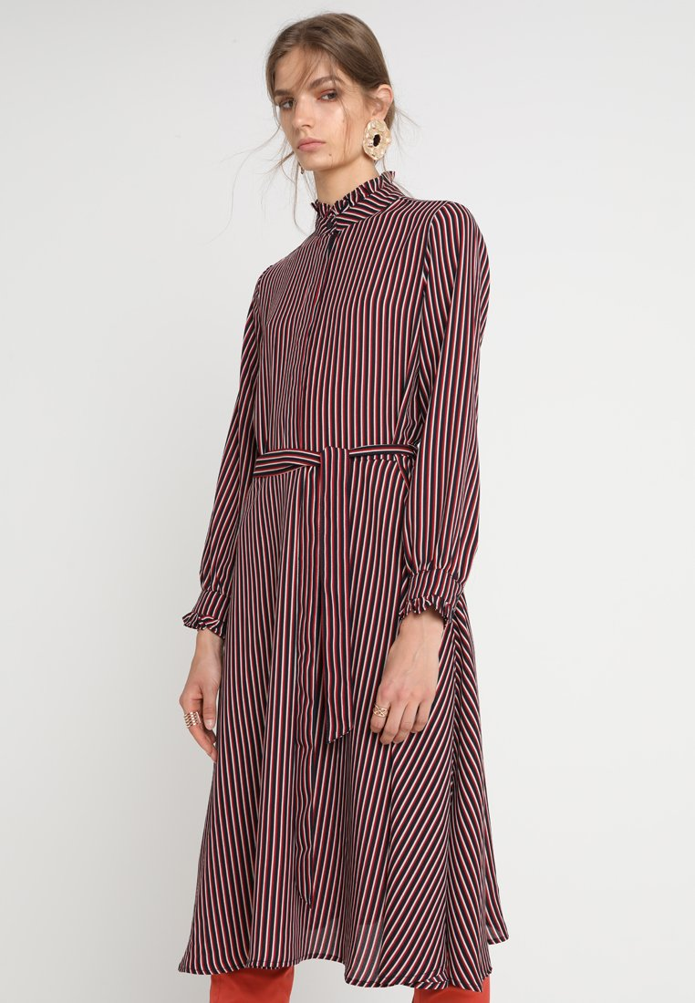 JUST FEMALE - KALEDA DRESS - Shirt dress - soya