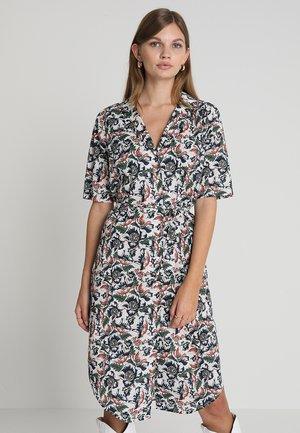 CAROL SHIRT DRESS - Blousejurk - wild flower white