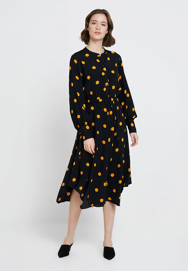 NEEL DRESS - Blusenkleid - apricot