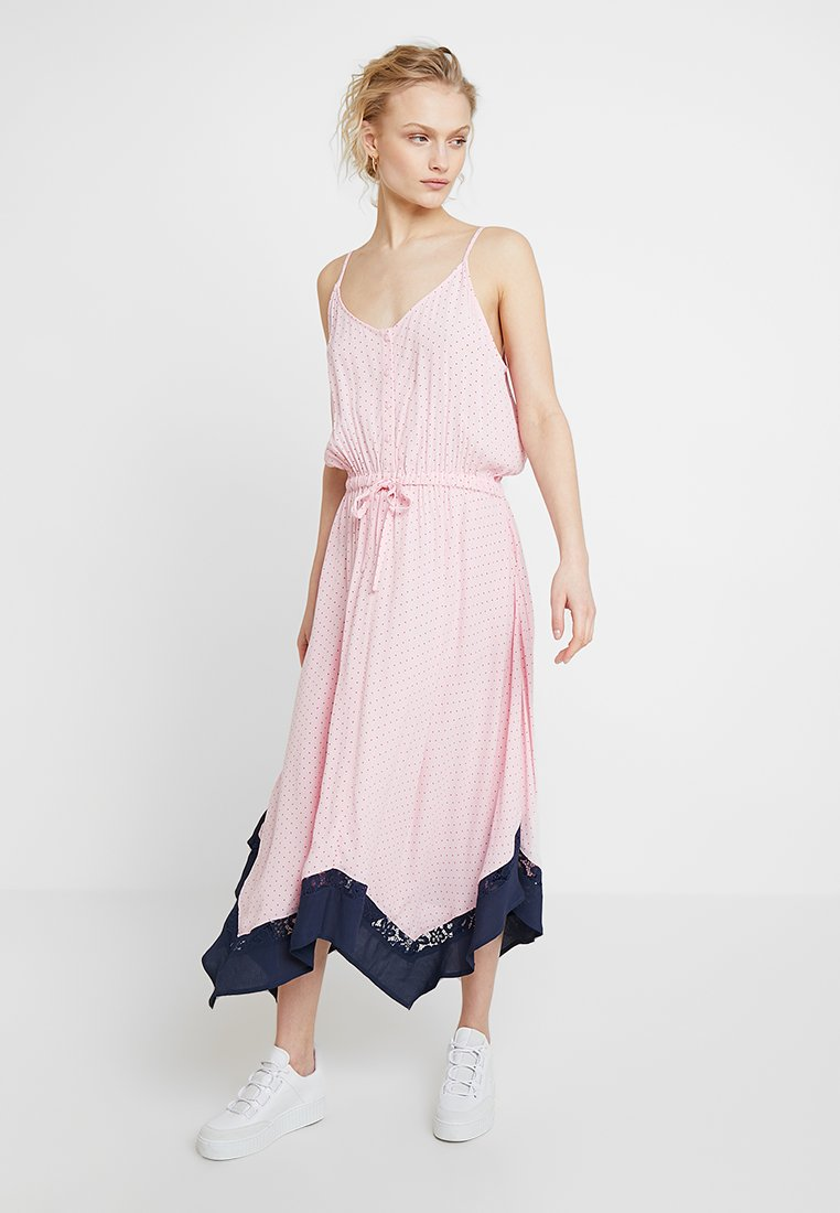 JUST FEMALE - NORA STRAP DRESS - Maxi-jurk - fairytale