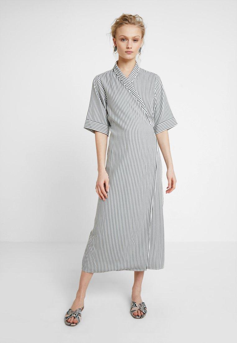 JUST FEMALE - BEACH WRAP DRESS - Maxikleid - green/white