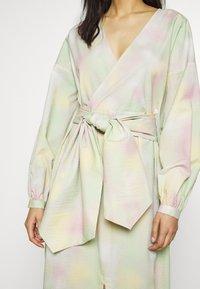 JUST FEMALE - NIKKI MAXI DRESS - Day dress - pastel tie dye - 6