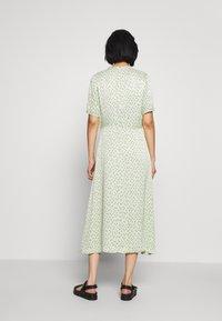 JUST FEMALE - MARIELLE DRESS - Vestido informal - mint/black - 2