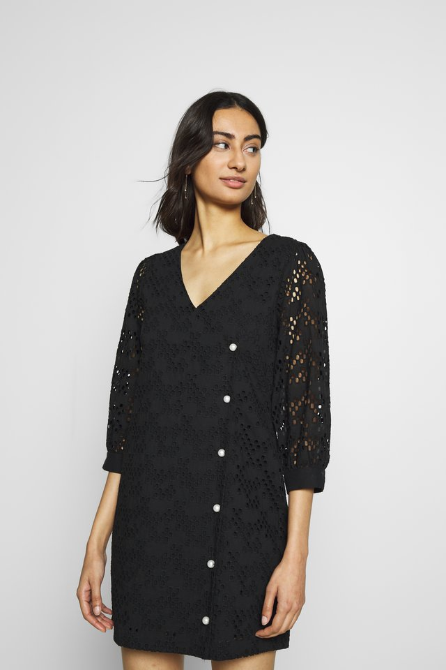 AVADOR WRAP DRESS - Vardagsklänning - black