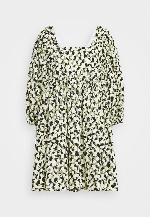 NELLIE DRESS - Korte jurk - blurred