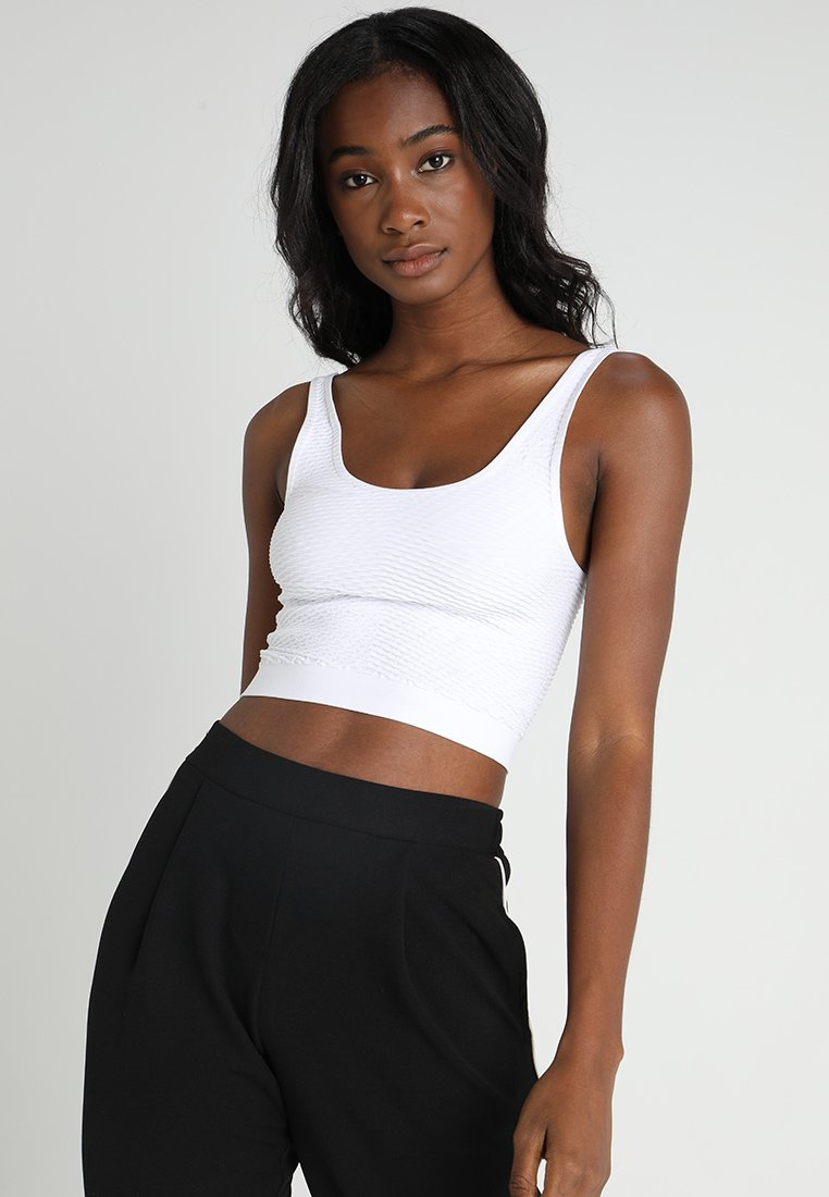 JUST FEMALE - GREASE SHORT - Top - white