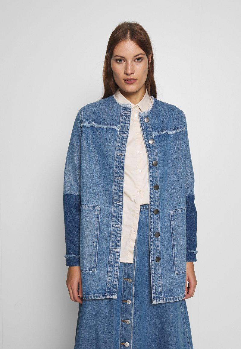 JUST FEMALE - NORMA JACKET - Denim jacket - blue denim