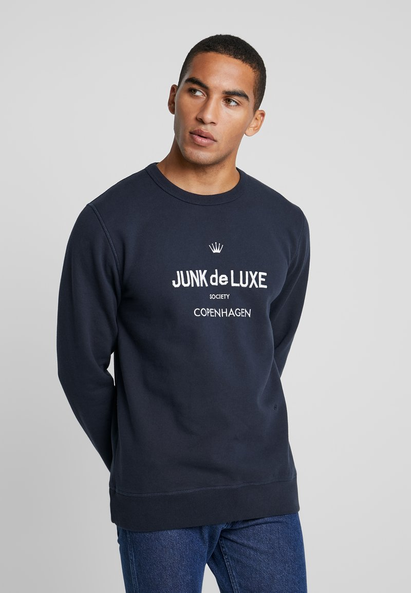 Junk De Luxe - LOGO - Mikina - navy