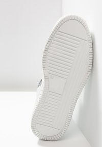 Just Cavalli - Baskets montantes - white - 4