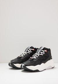 Just Cavalli - Sneakers basse - jet black - 2