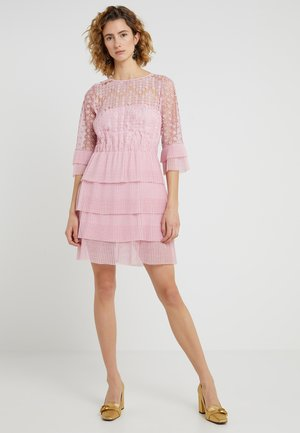 Cocktailjurk - pink