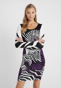 Just Cavalli - Etui-jurk - purple - 0