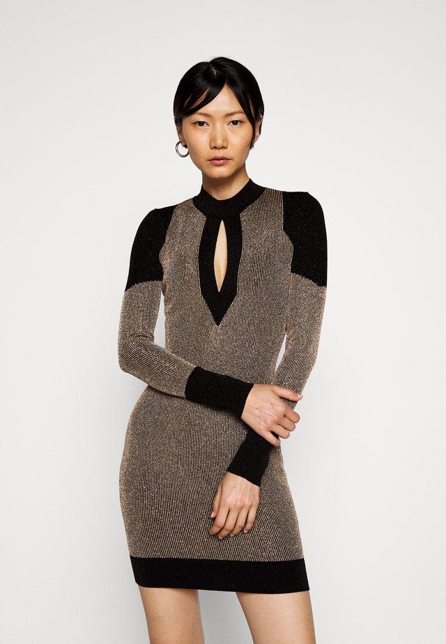 Pouzdrové šaty - gold/black