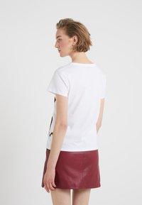 Just Cavalli - T-shirt z nadrukiem - white - 2