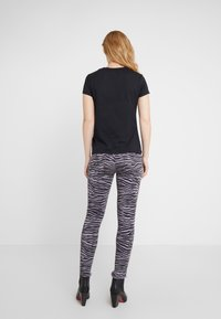 Just Cavalli - T-Shirt print - black - 2