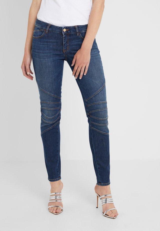 PANTALONE  - Jeans Slim Fit - blue denim