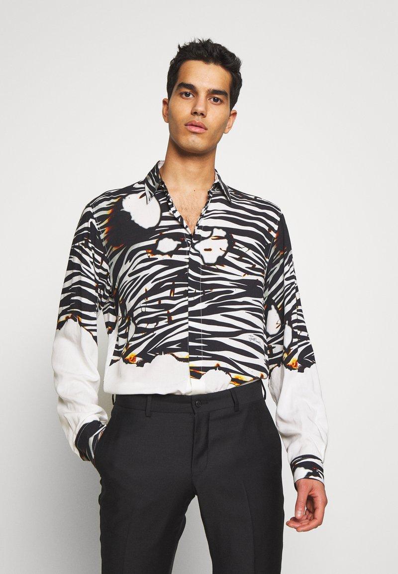 Just Cavalli - ZEBRA SHIRT - Košile - white