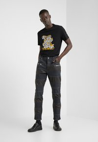 Just Cavalli - PANELLED  - Jeans slim fit - black ink - 1