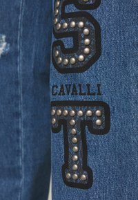 Just Cavalli - PANTS 5 POCKETS LOGO - Jeans slim fit - blue denim - 6