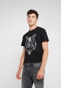 Just Cavalli - Print T-shirt - black - 0