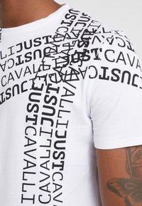 Just Cavalli - T-shirt med print - white - 5